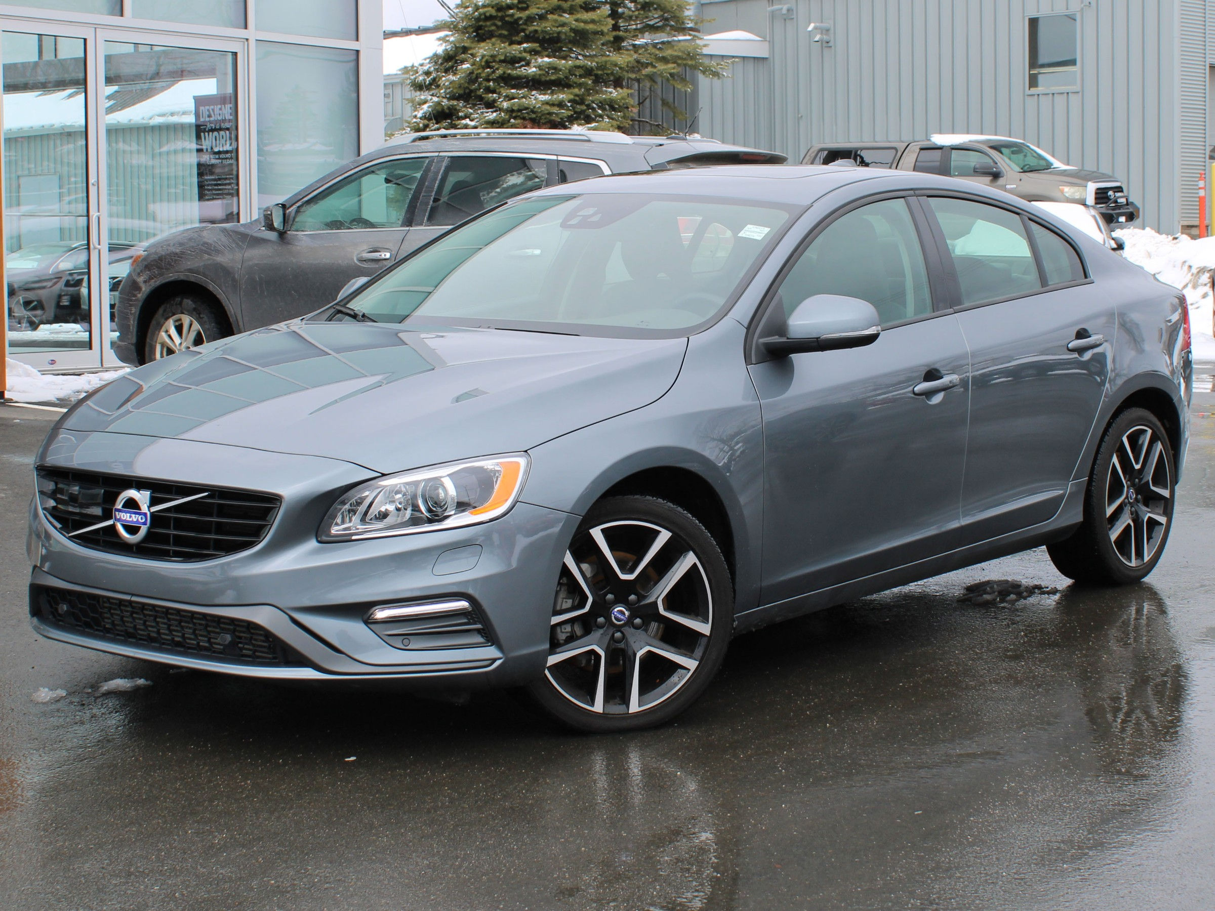 Certified Pre Owned 2018 Volvo S60 T5 Dynamic