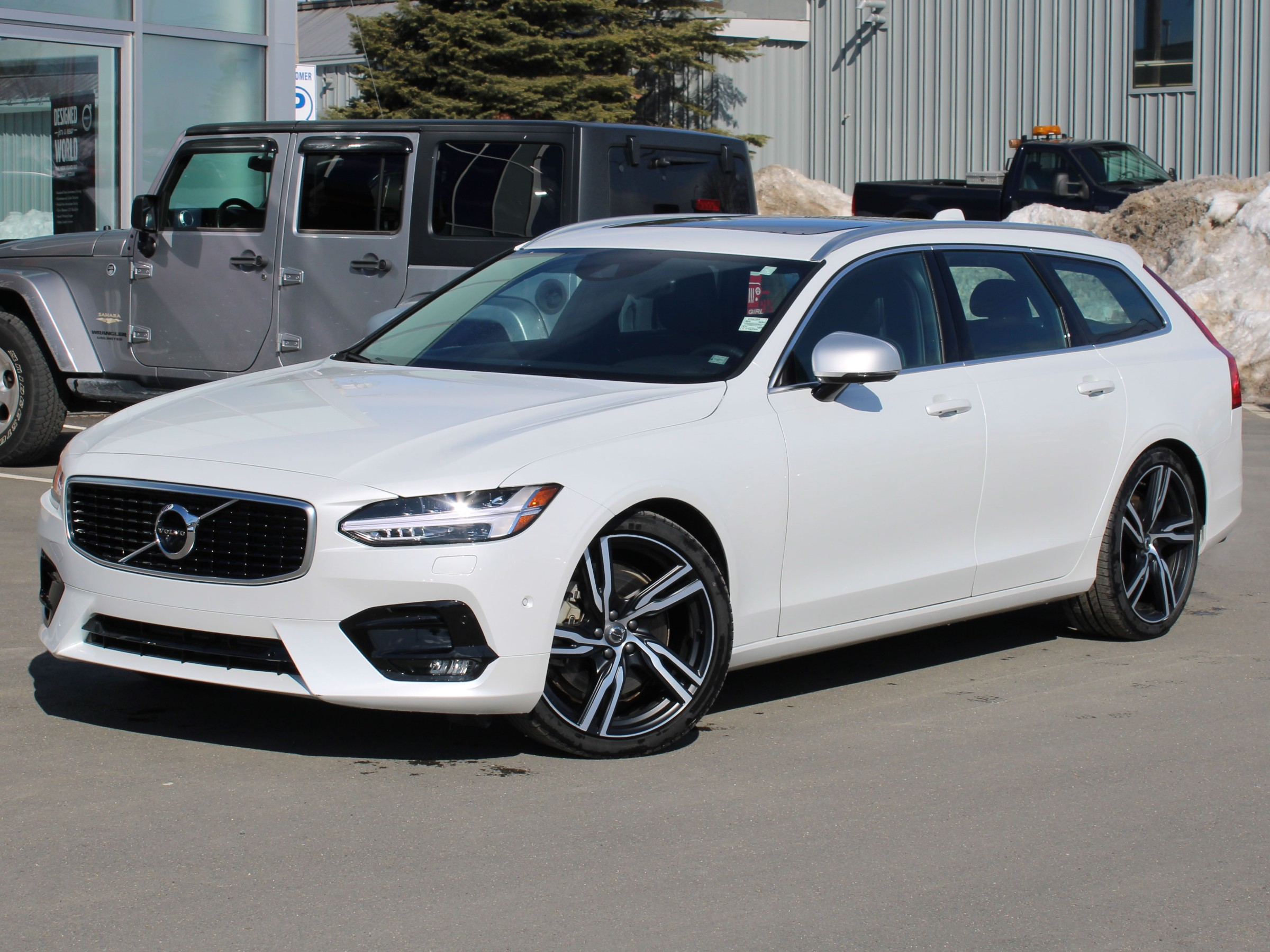 Certified Pre-Owned 2018 Volvo V90 T6 R-Design