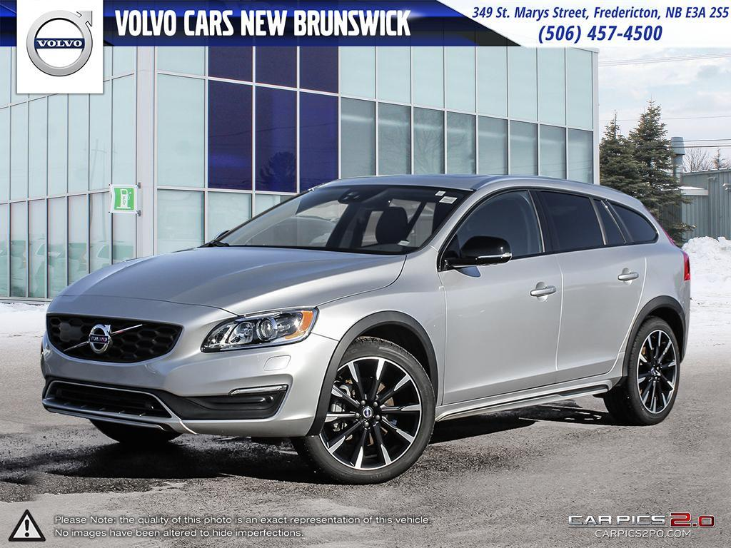Pre-Owned 2018 Volvo V60 Cross Country T5 Premier