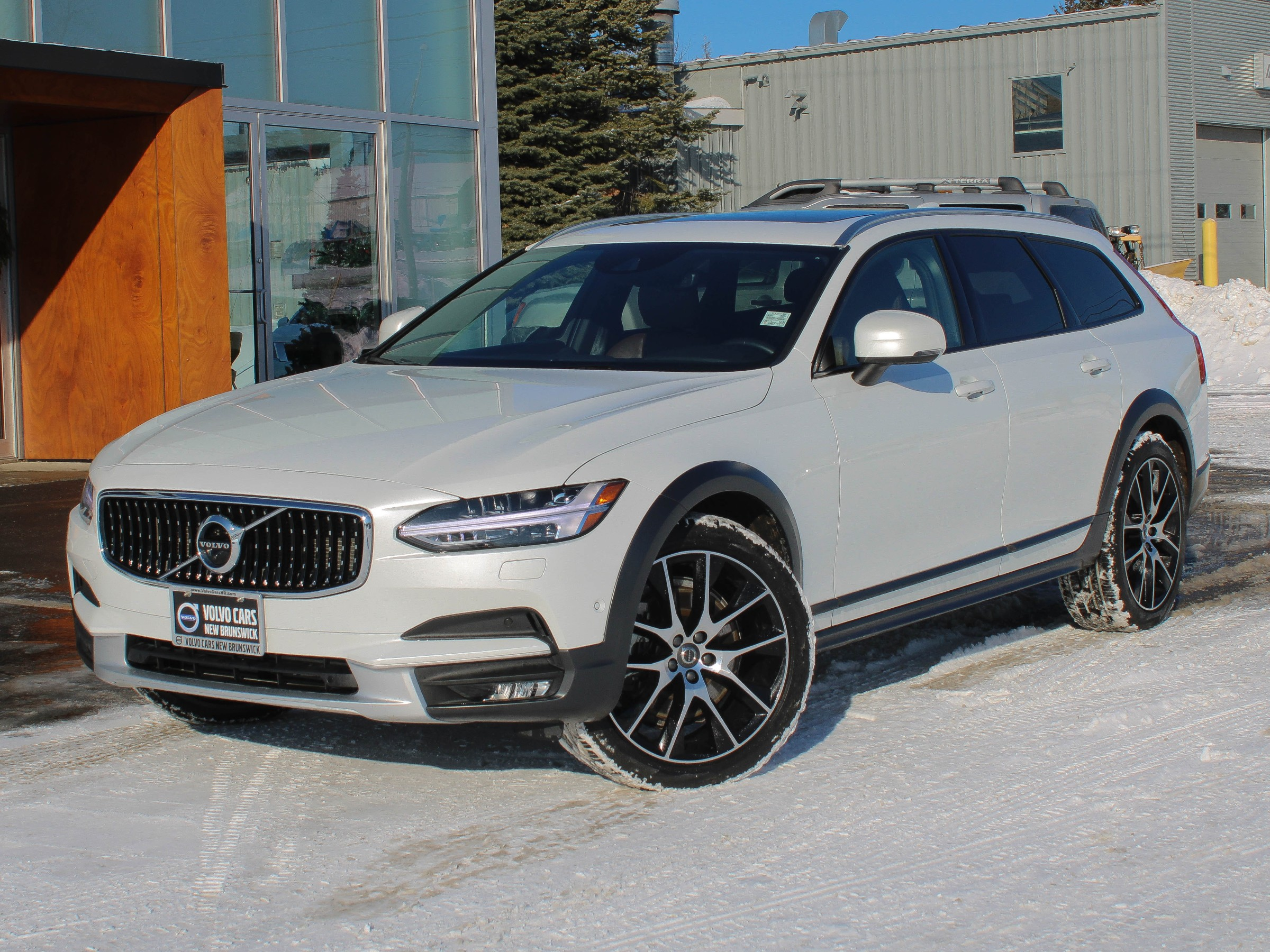 Certified Pre-Owned 2019 Volvo V90 Cross Country T6