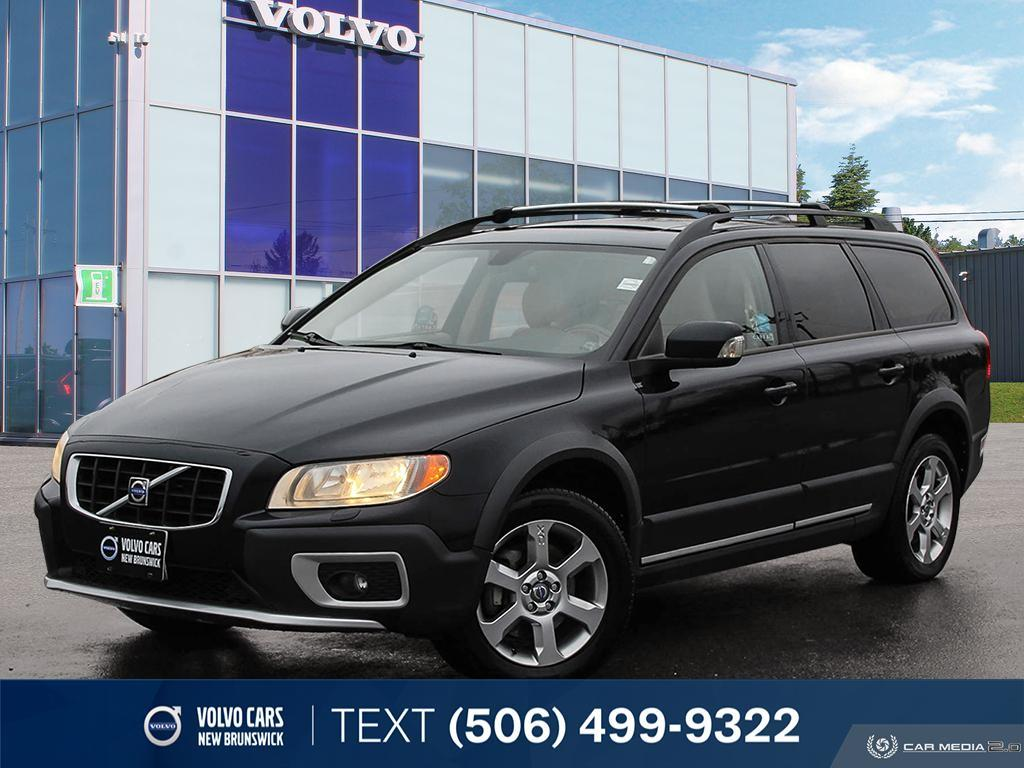 Pre-Owned 2009 Volvo XC70 3.2