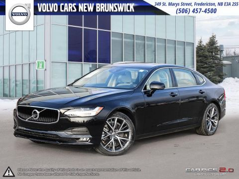 Pre-Owned 2018 Volvo S90 T6 Momentum