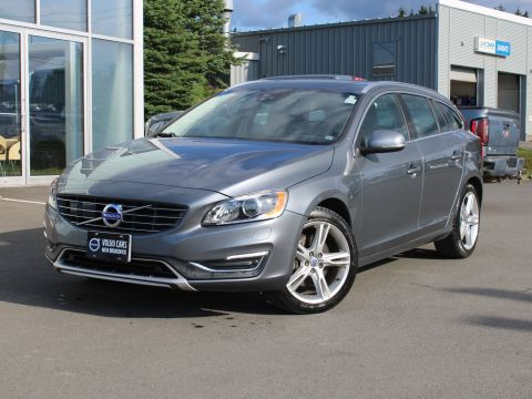 Certified Pre-Owned 2017 Volvo V60 T5 Special Edition Premier