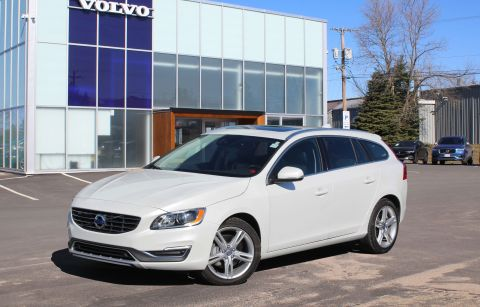 Pre-Owned 2017 Volvo V60 T5 Special Edition Premier
