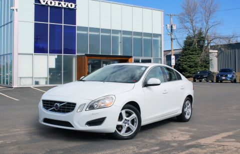 Pre-Owned 2013 Volvo S60 T5 Premier Plus