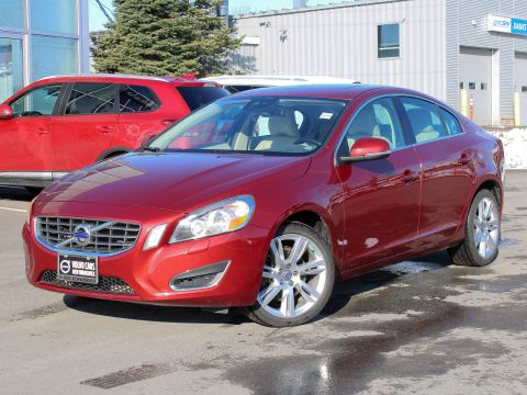 Pre-Owned 2012 Volvo S60 T5 Level 2